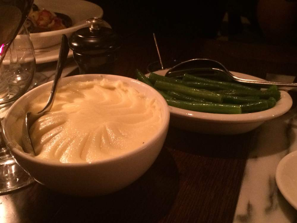 Mashed potato and green beans